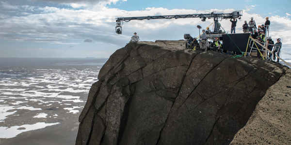 Tom Cruise Films Scorched Earth Sci Fi Feature Oblivion On Location In Iceland The Location Guide