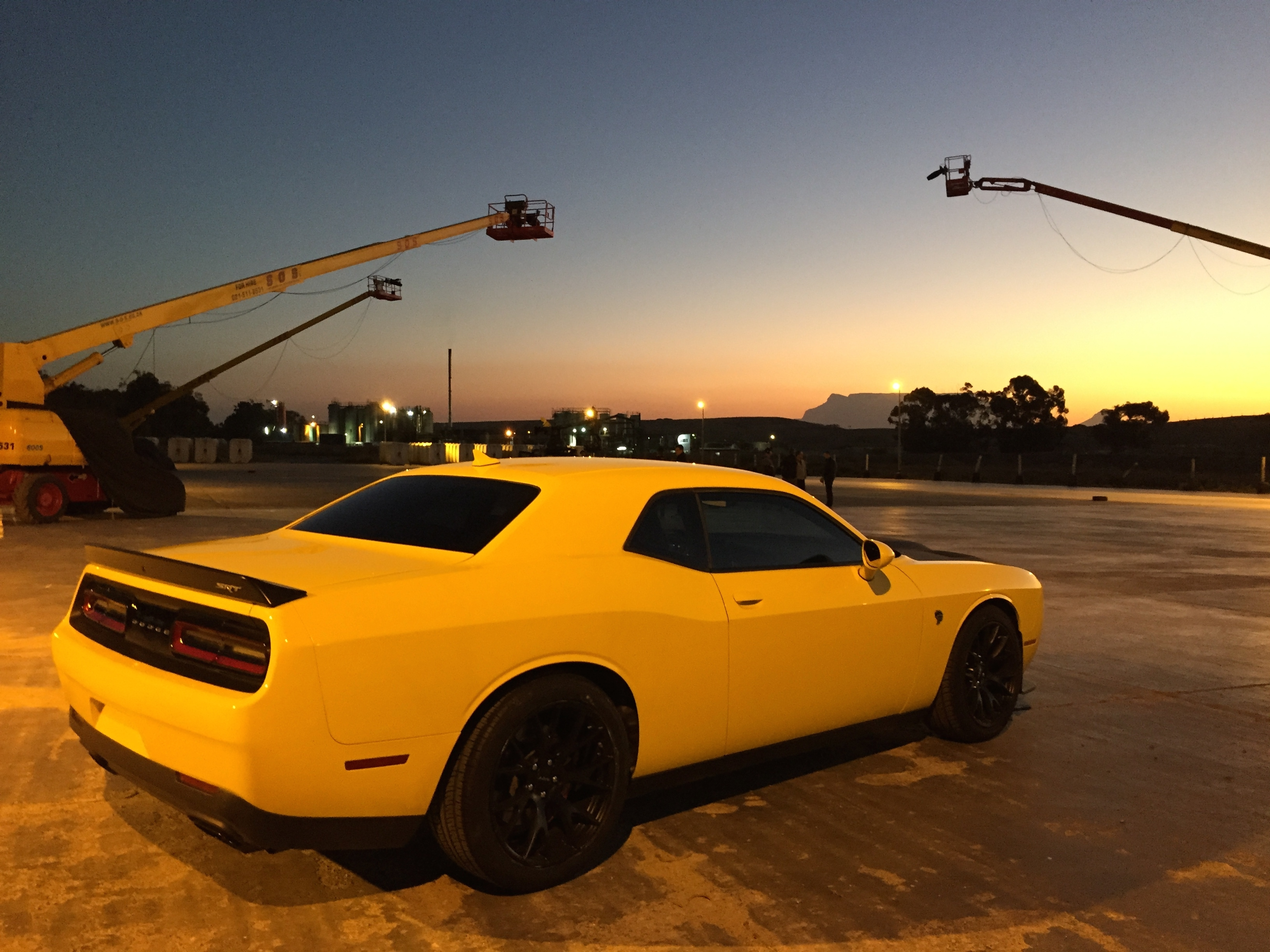 The Embassy Films Nighttime Stunt Drive On Streets Of Cape Town - Epic stunt driving dodge challenger