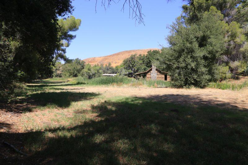 Utter's Funeral at Golden Oaks Ranch