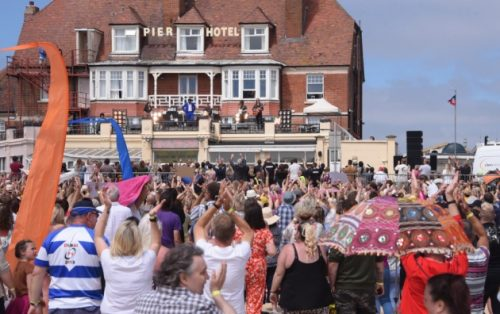 Gorleston Beach 6000 extras