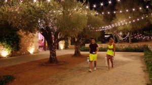 This image is strictly embargoed from publication until 22.15 Thursday 27th June 2019 From ITV Studios Love Island: SR5: Ep22 on ITV2 Pictured: Arabella and Tom leaving. This photograph is (C) ITV Plc and can only be reproduced for editorial purposes directly in connection with the programme or event mentioned above, or ITV plc. Once made available by ITV plc Picture Desk, this photograph can be reproduced once only up until the transmission [TX] date and no reproduction fee will be charged. Any subsequent usage may incur a fee. This photograph must not be manipulated [excluding basic cropping] in a manner which alters the visual appearance of the person photographed deemed detrimental or inappropriate by ITV plc Picture Desk. This photograph must not be syndicated to any other company, publication or website, or permanently archived, without the express written permission of ITV Picture Desk. Full Terms and conditions are available on the website www.itv.com/presscentre/itvpictures/terms For further information please contact: james.hilder@itv.com / 0207 157 3052